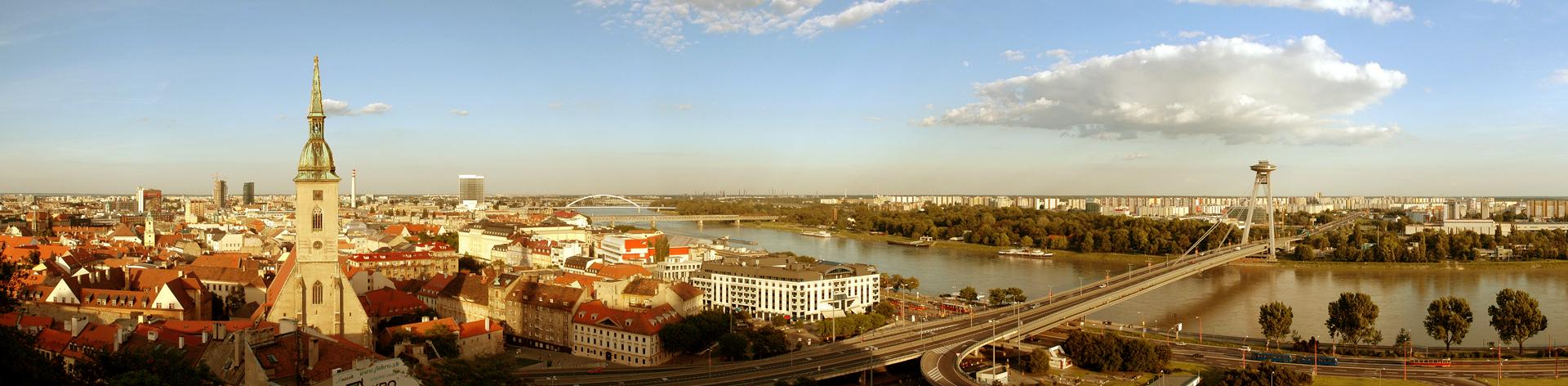 Bratislava_Panorama_011