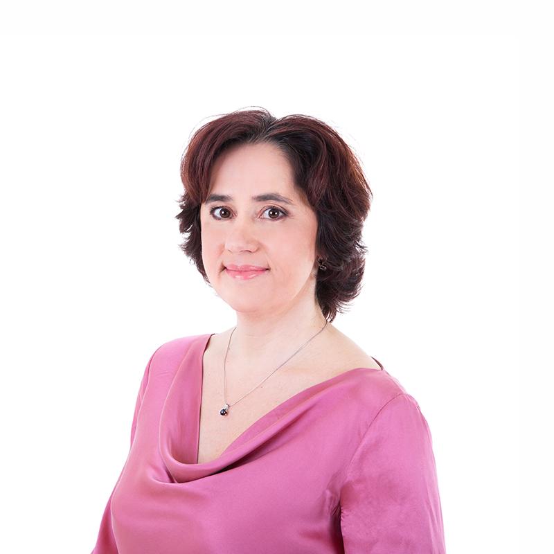 Diana Dobrucká, Senior Consultant